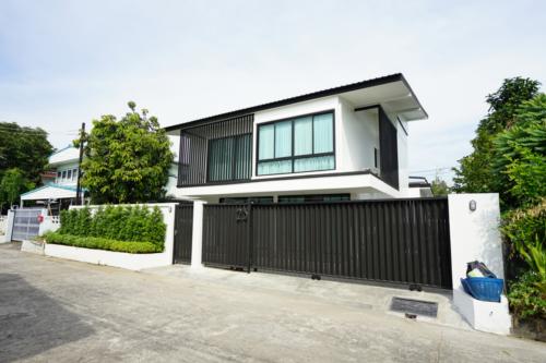 Khun Kij House 15