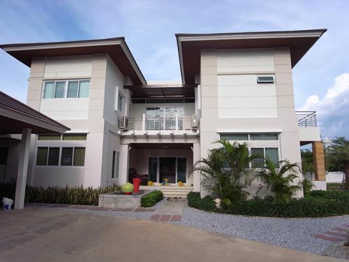 House K.Jang 1